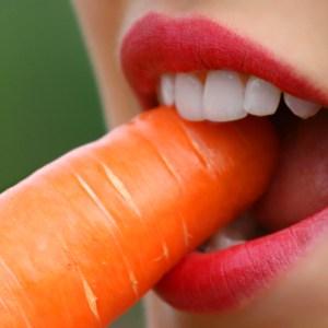 lips-carrot