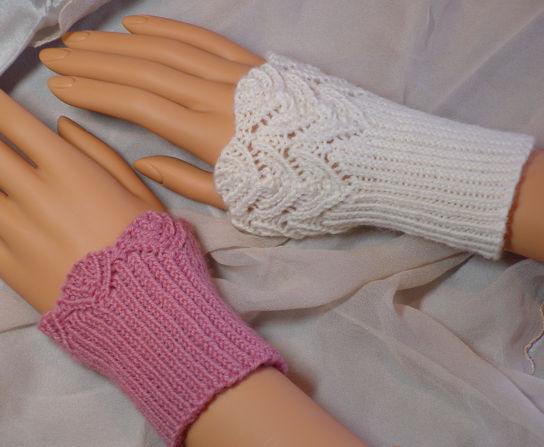 Knit Wristlet Pattern Free