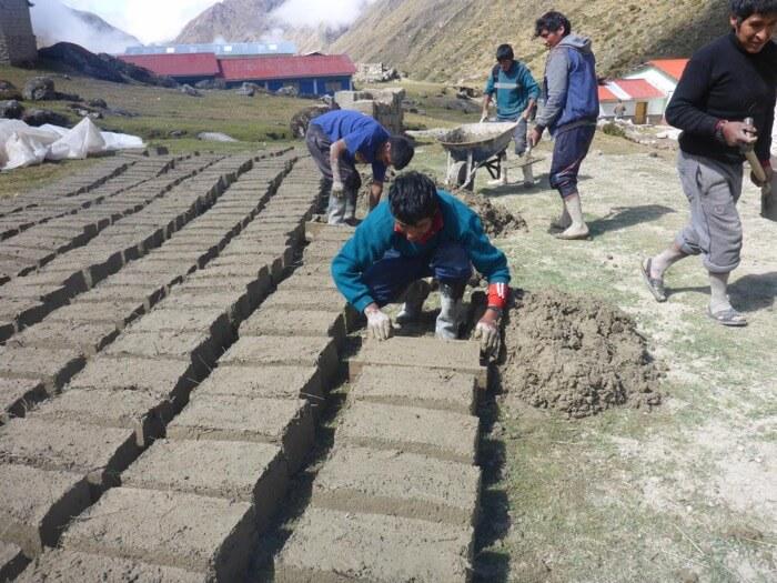 mud-bricks.jpg?resize=700%2C525&ssl=1