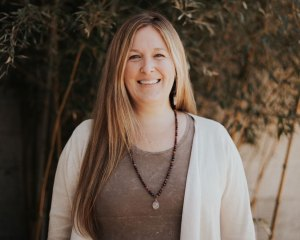 Greer Thompson, Licensed Massage Therapist Heartwish Healing Center