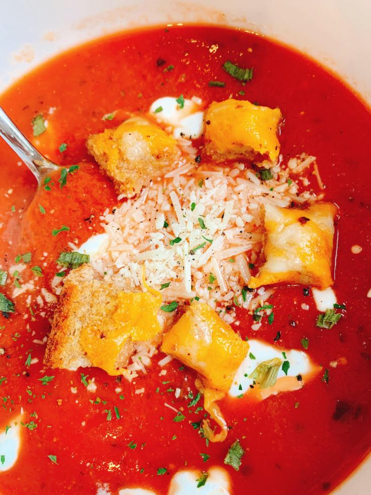 healthy-tomato-bisque-soup