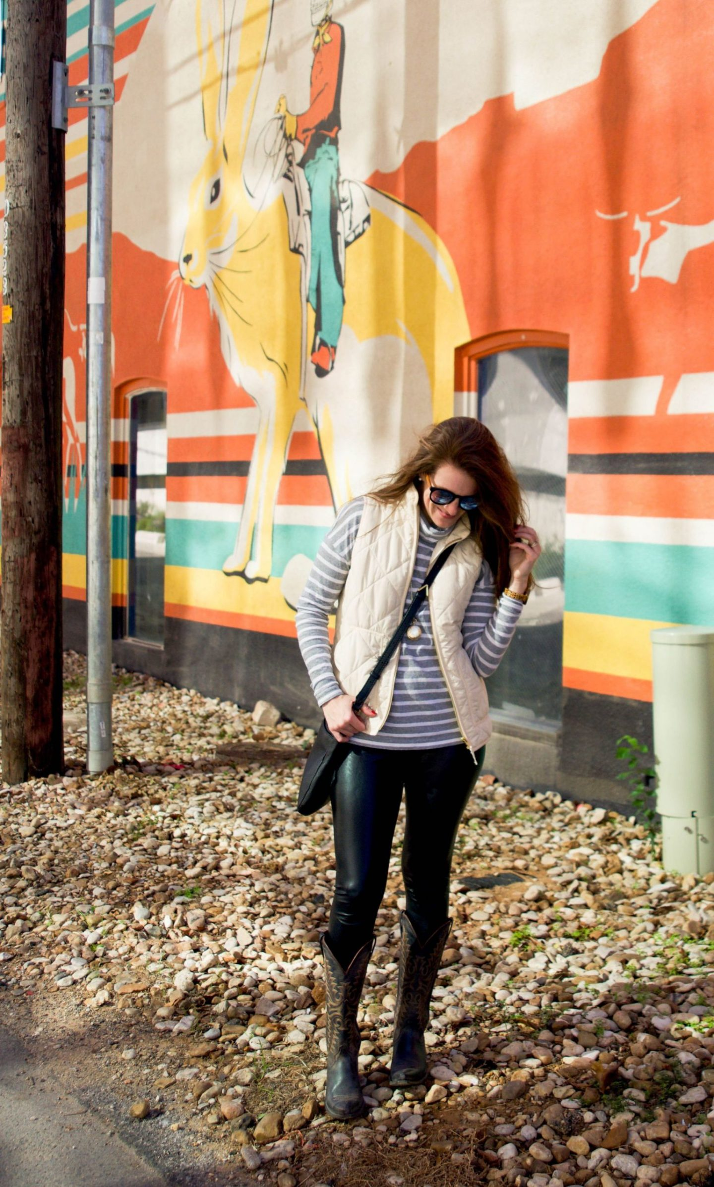 how to stay on top of life when traveling frequently - east austin mural