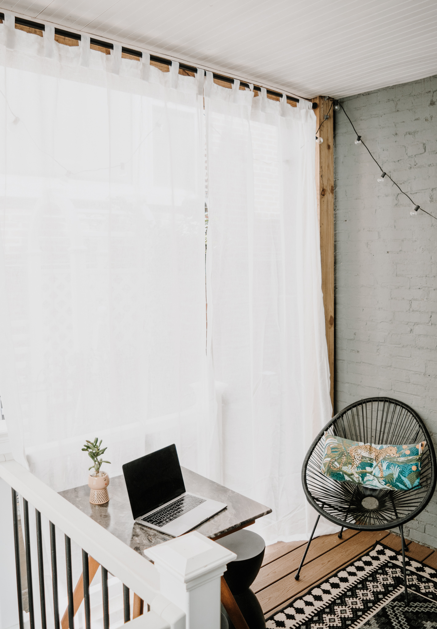 affordable outdoor drapery - how to diy outdoor drapery - sheer outdoor drapery