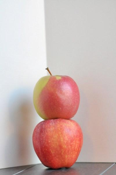 Apple Apple Donuts