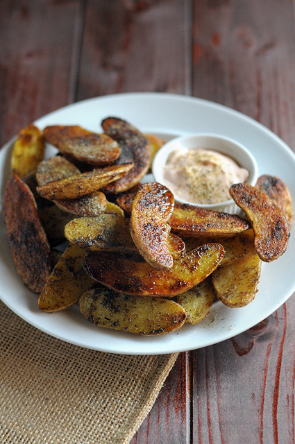 Ranch Roasted Fingerling Potatoes with Buffalo Yogurt Dipping Sauce2