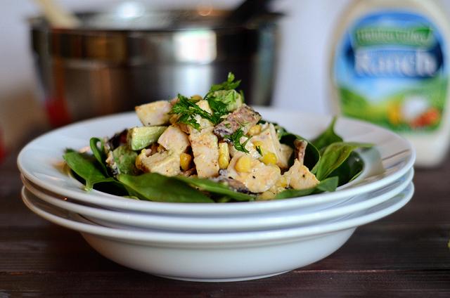 Chicken Taco Ranch Salad with Bacon, Avocado and Corn || HeathersDish.com