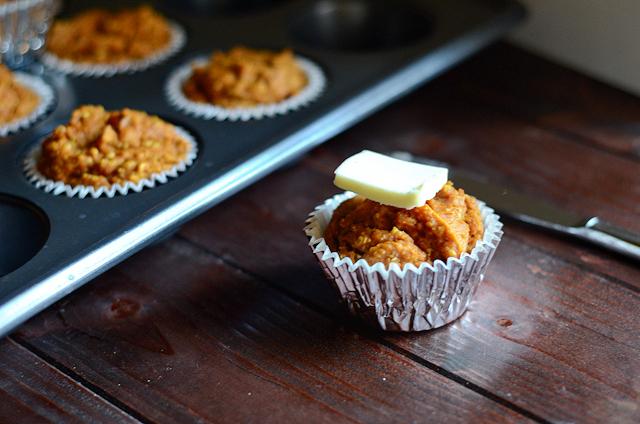 Healthy Pumpkin Spice Muffins    HeathersDish.com