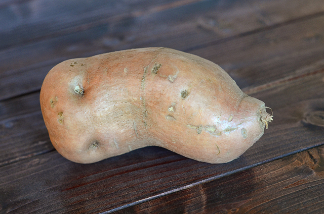 Mustard Roasted Sweet Potatoes    HeathersDish.com #glutenfree #healthy #sweetpotatoes