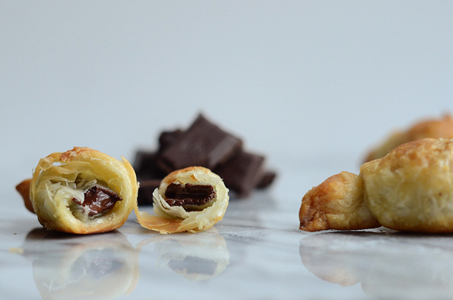 The Lazy Girl's Pain au Chocolat (20-minute Chocolate Croissants) || HeathersDish.com