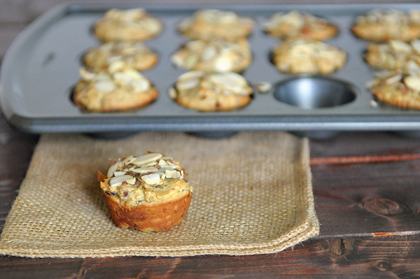 date-and-almond-muffins