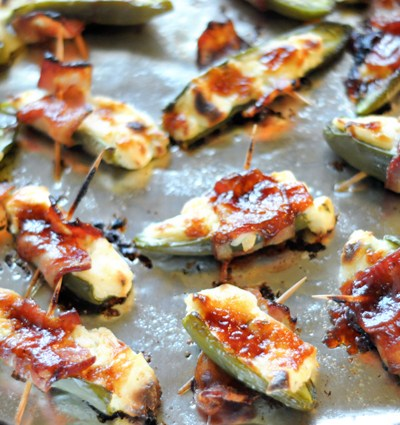 BBQ Ranch Bacon-Wrapped Jalapenos || HeathersDish.com #bacon #gameday #tailgating #superbowl
