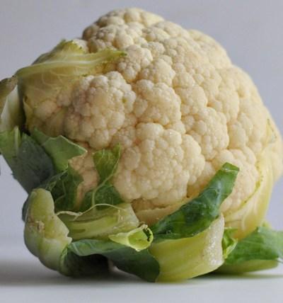 Paprika Roasted Cauliflower & Almonds || HeathersDish.com