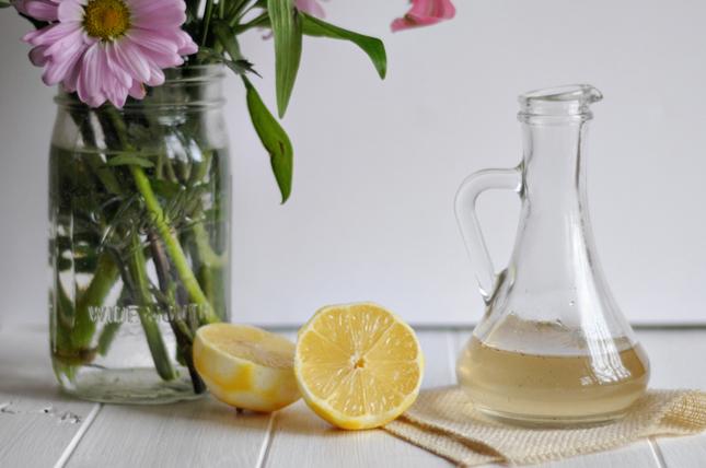 Lemon Lavender Syrup || HeathersDish.com