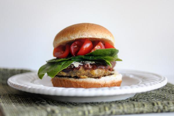 pesto-turkey-burgers