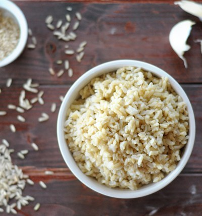 Super Simple Garlic Brown Rice