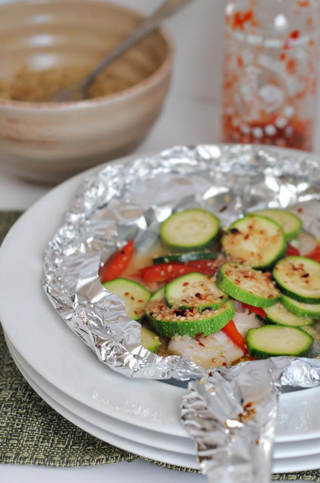 Asian Sesame Tilapia and Vegetables en Papillote || HeathersDish.com #healthy