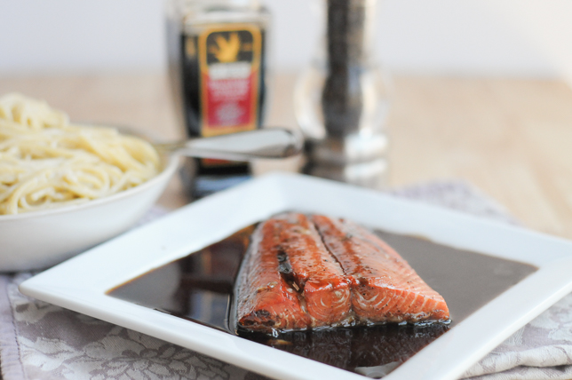 Balsamic-honey marinated salmon is the easiest and most flavorful salmon you'll ever make. #denigris1889
