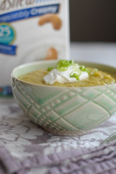 Roasted Cauliflower, Leek and Potato Soup #silkbloom #sponsored
