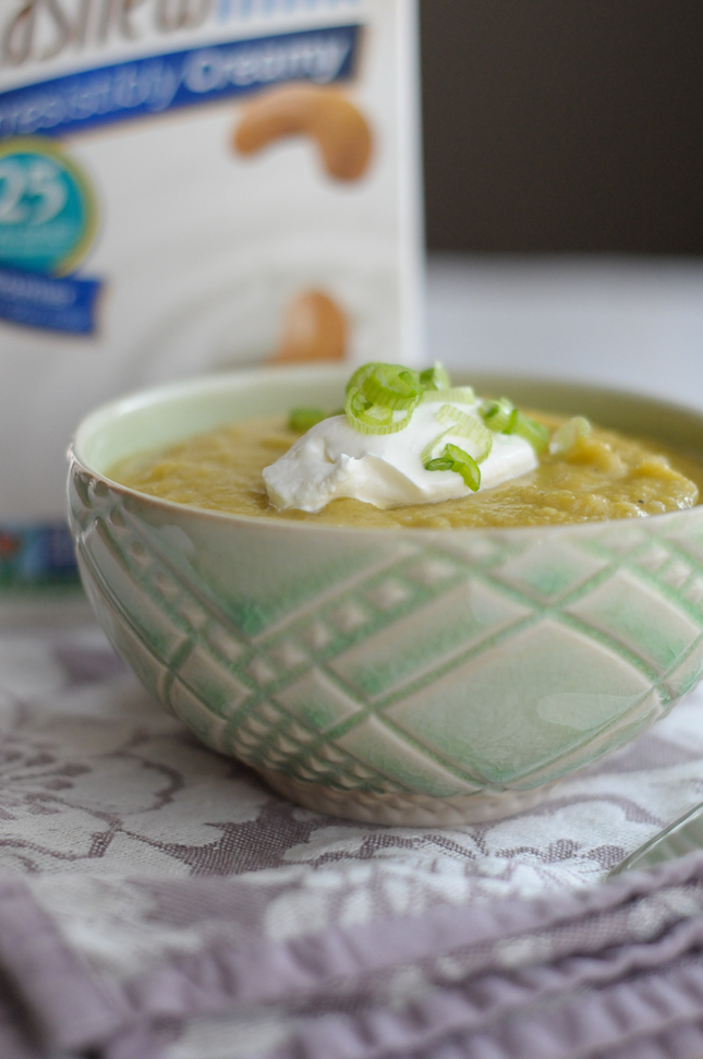 Roasted Cauliflower, Leek and Potato Soup #silkbloom #sponsored