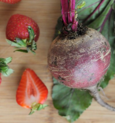Roasted Beet and Strawberry Smoothie