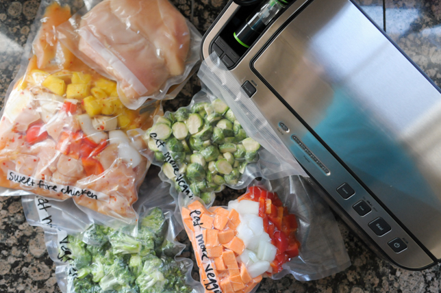 the best way to save time and money on food with @FoodSaver #FoodSaver #ad