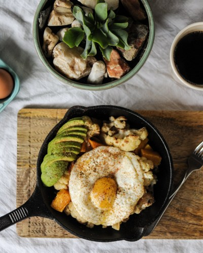 This Butternut Squash and Cauliflower Breakfast Power Skillet is a hearty and nutrition-dense way to start any day! @heathersdish