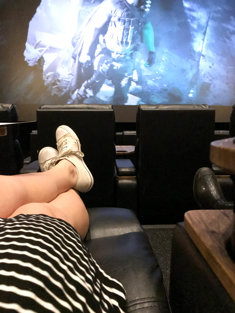 The Perfect Night Out with Movie Tavern @heathersdish #sponsored