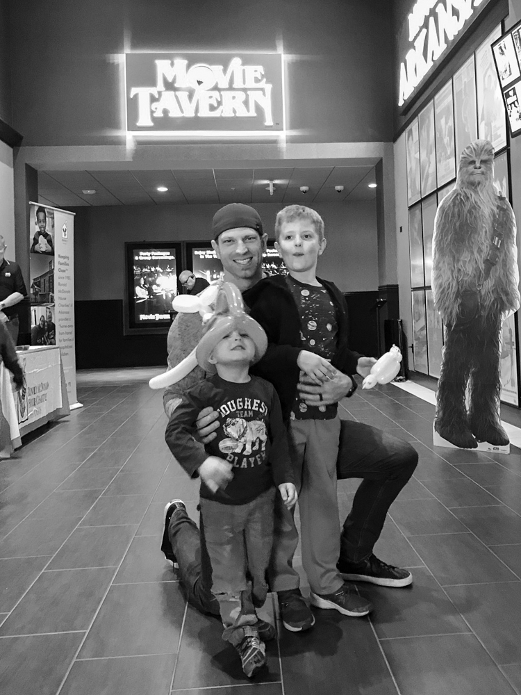 How to Make a Family Date FUN Again! Movie Tavern has everything you need to make a full-on family date fun and memorable in one fell swoop! #sponsored @MovieTavern @heathersdish