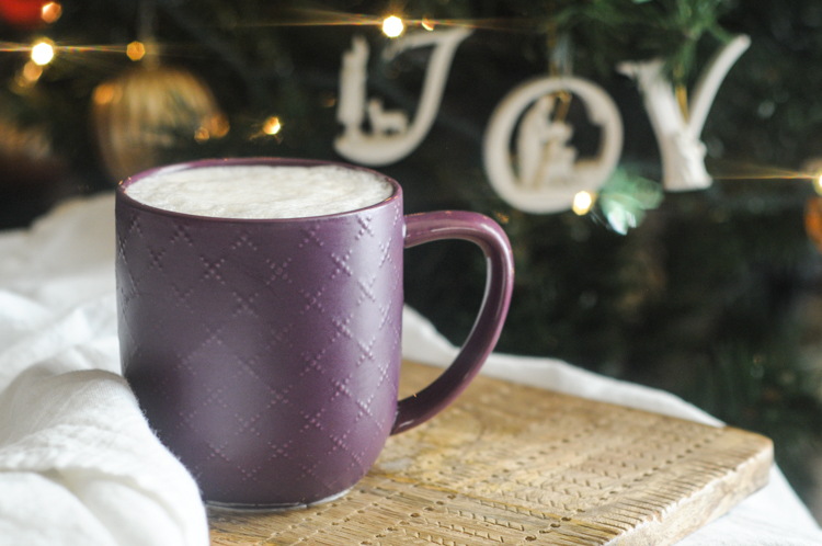 Spicy Rooibos Almond Tea Latte brings the warmth and cheer without all the extra caffeine. This is the perfect holiday drink to warm up morning or night! @heathersdish