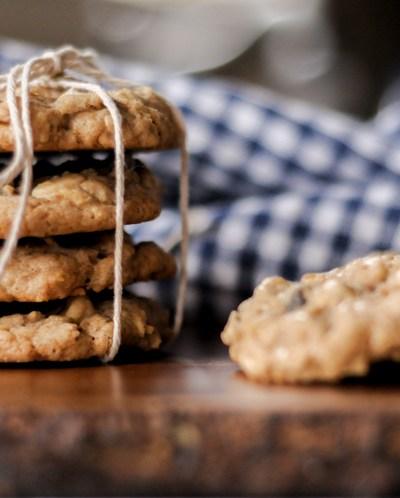 White Chocolate Raisin Oatmeal Cookies
