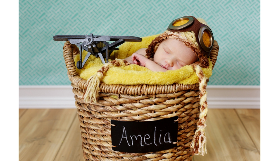 heather-fairley-denver-newborn-photography-amelia-earhardt-airplane-aviation