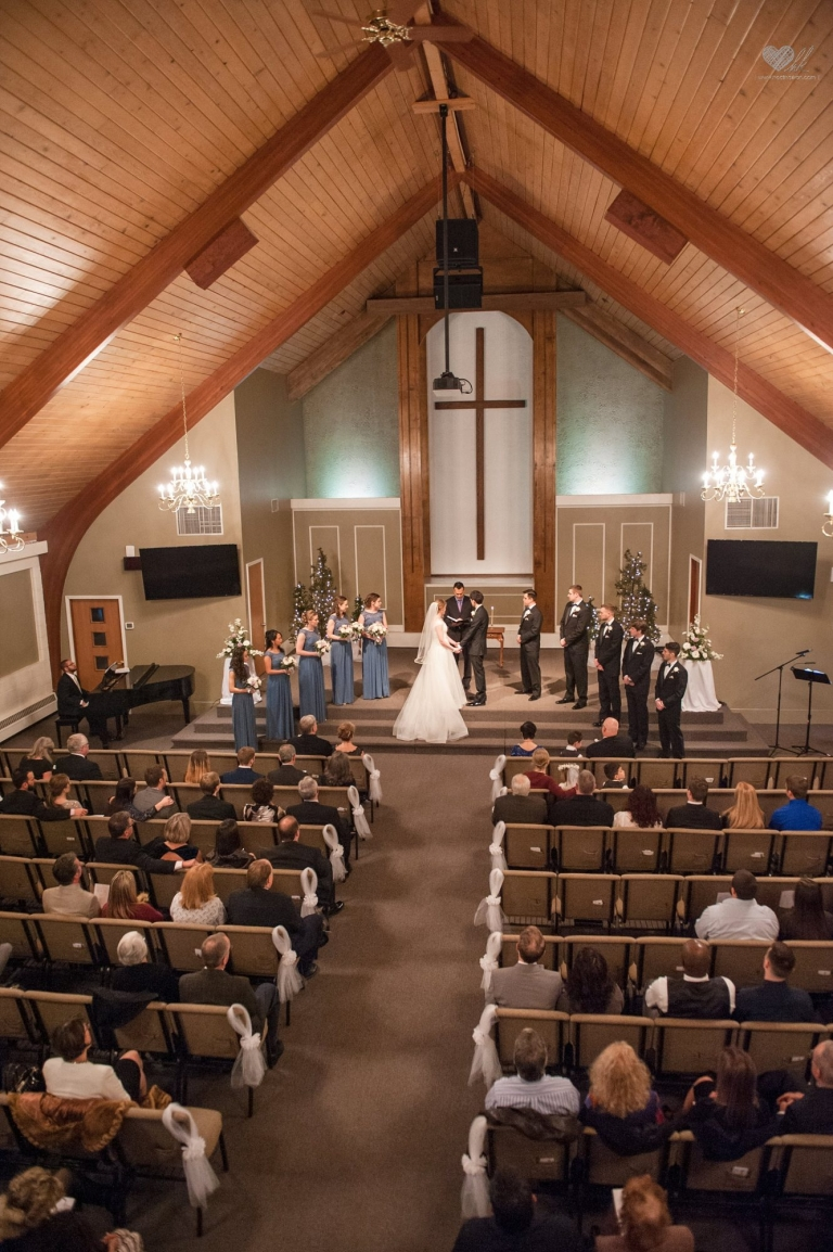 Woodside Bible Church Plymouth Campus Wedding Photographs Lansing Michigan Wedding
