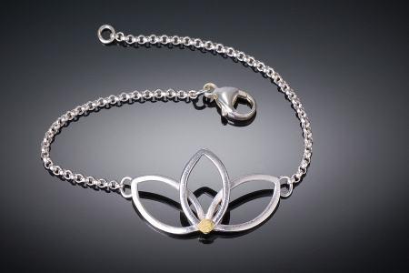 Lotus Rolo Bracelet
