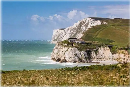 Sailing around the Isle of Wight, Island in England - Points of Interest