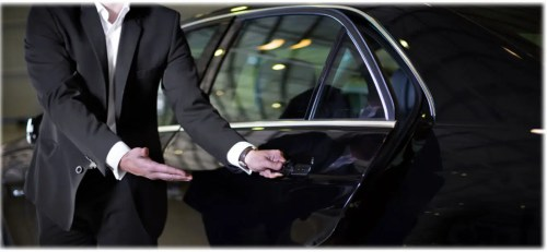 Executive Cars Maidenhead to Gatwick Taxi Cost