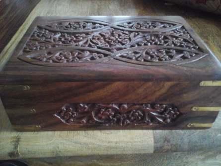 wooden box brass corners 2.jpg