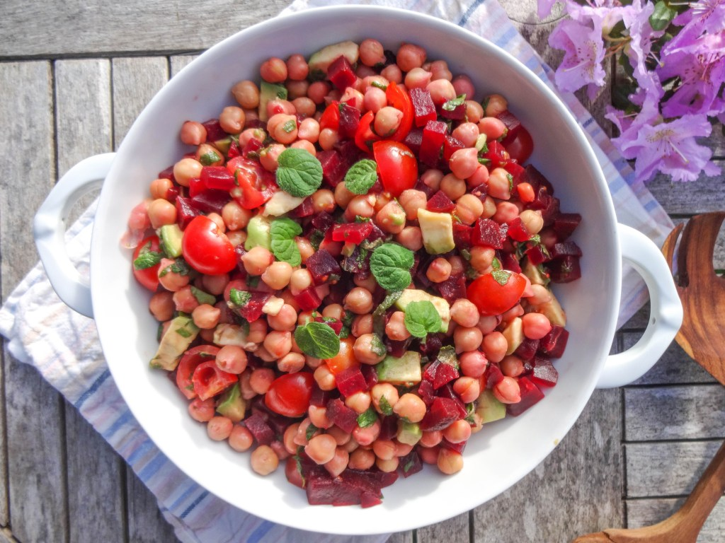 Oriental Chickpea Salad - plant based, vegan, vegetarian, gluten free, refined sugar free, clean eating - heavenlynnhealthy.com