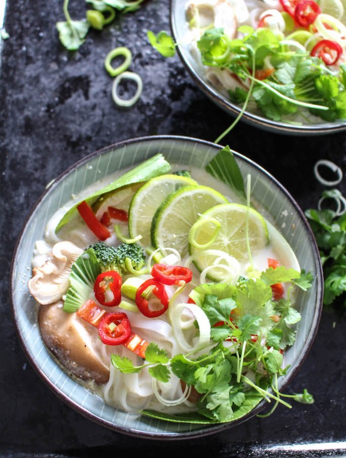 20 Minute Green Thai Curry Noodle Soup - plant based, gluten free, refined sugar free, vegan - heavenlynnhealthy.com