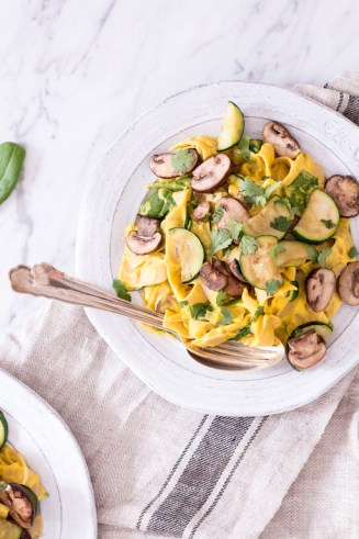 Creamy Pumpkin Alfredo Sauce with Cashews and Sage - plant based, vegan, gluten free, refined sugar free, dairy free - heavenlynnhealthy.com