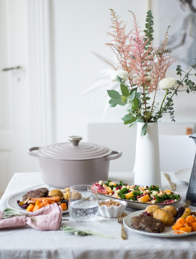 My 2018 healthy Christmas dinner menu - winter kale salad, lentil patties, hassleback vegetables and mini crumbles - plant-based, vegan, gluten free, refined sugar free - heavenlynnhealthy.com