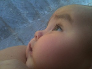 Jasmin staring and listening to the nature surrounding us <3