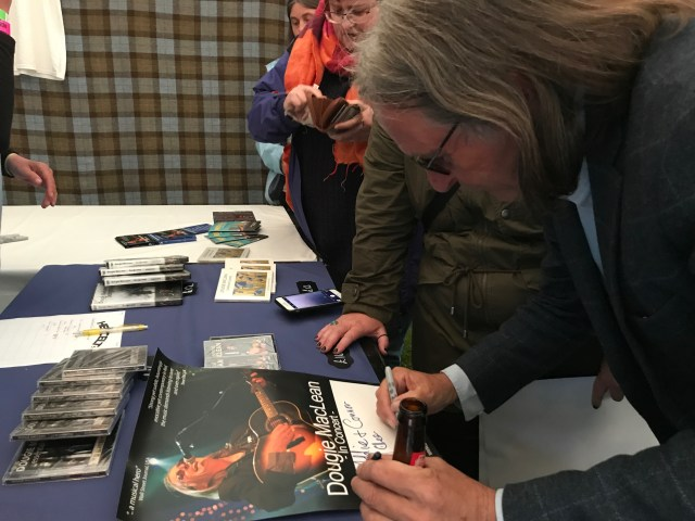 Dougie Maclean signing autographs