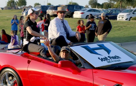 Photo Gallery: Homecoming Parade 10/4