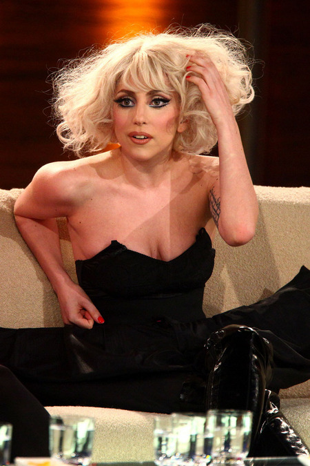 Lady Gaga is Actually Pregnant Gets Morning Sickness on Stage