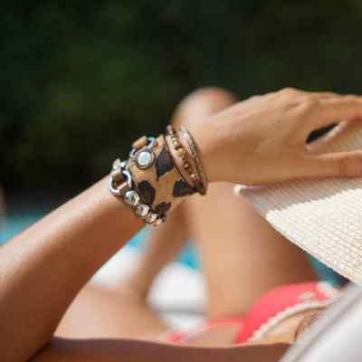 bracelet pour femme calao porté
