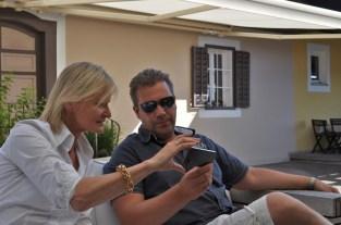 Hedi Grager mit Fotograf Antonios Larentzakis (Foto Reinhard Sudy)