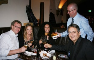 Casino Direktor Andreas Sauseng rechts (Foto Christina Dow)