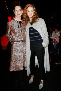Bibiana Beglau und Chiara Schoras Show von Dorothee Schumacher auf der Berliner Mercedes Benz Fashion Week (Photo by Franziska Krug/Getty Images)