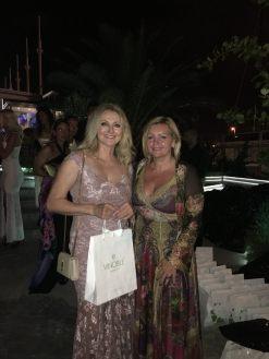 Frauke Ludowig mit Unternehmerin Luise Köfer, VINOBLE Cosmetics auf der Remus Lifestyle Night in Palma.