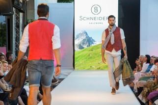 Schneiders auf der Modenschau am Salzburger Mönchsberg (Reed Exhibitions Salzburg / Kolarik Andreas)
